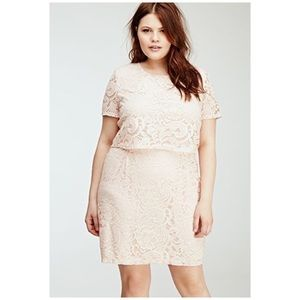 NWT Forever 21 Plus Size Blush Floral Lace Dress